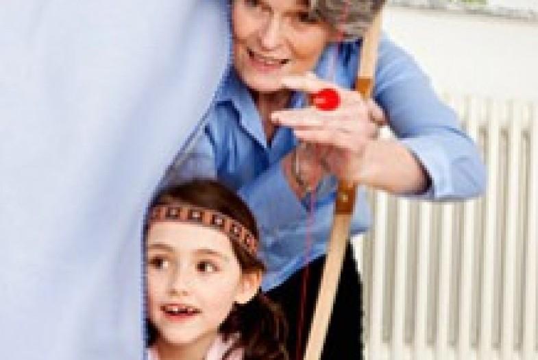 Что делать, если бабушка вмешивается в воспитание вашего ребенка — моироды.ру