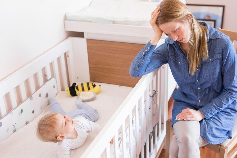 Как приучить малыша спать отдельно: советы психолога