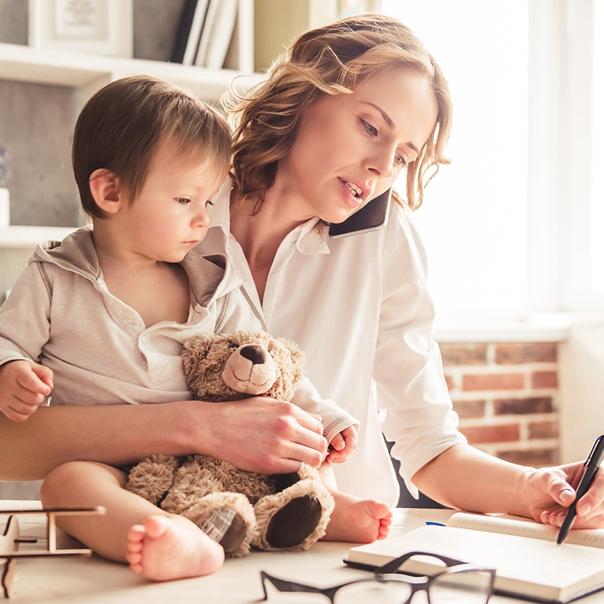 Когда можно оставить ребенка дома одного без присмотра