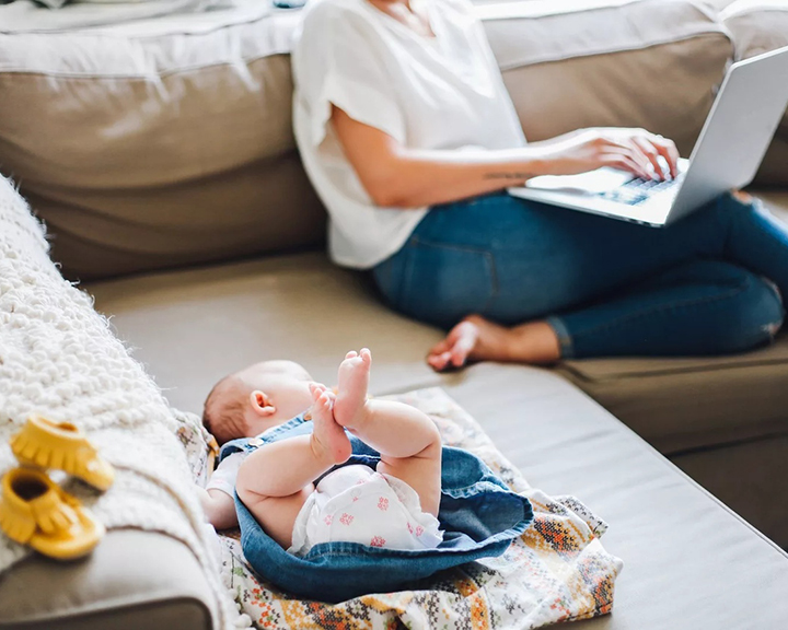 Уход за малышом от рождения до года