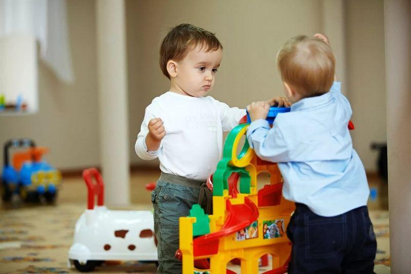 Как приучить ребенка к садику в 3 года: советы родителям