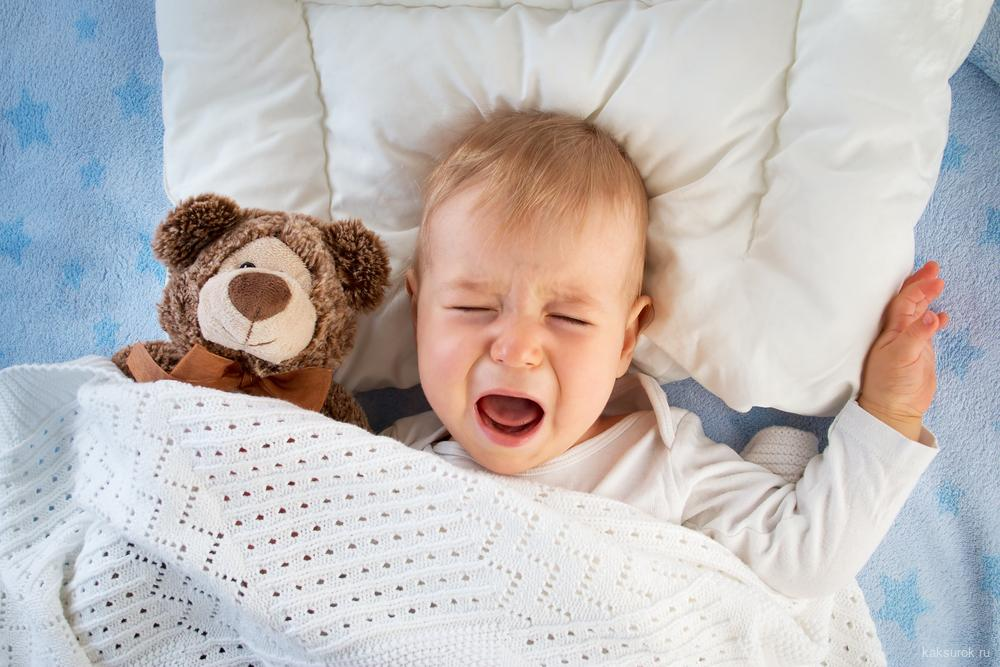 Почему ребенку после 3 лучше спать отдельно от родителей?