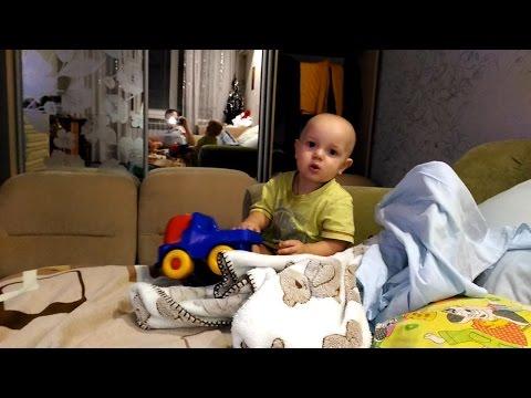 Что делать, если ребенок упал с кровати - мамэксперт