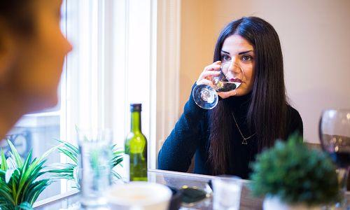 Можно ли употреблять алкоголь при беременности? какие последствия?