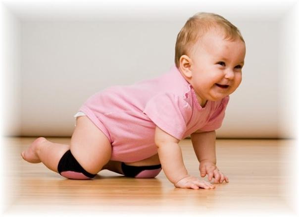 Как помочь ребенку научиться ползать на четвереньках методы и упражнения с ребенком