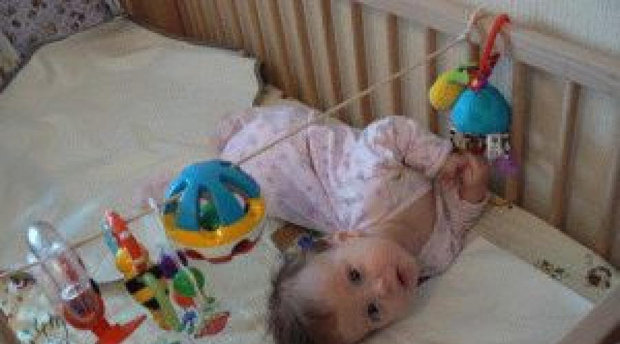 Ребенок упал с кровати или дивана вниз головой и ударился: что делать – мнение доктора комаровского