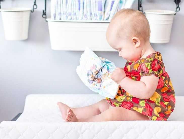 Диета ребенка при запоре: чем кормить малыша?
