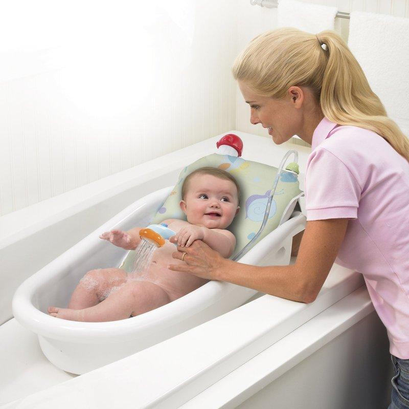 О гигиене новорожденных детей