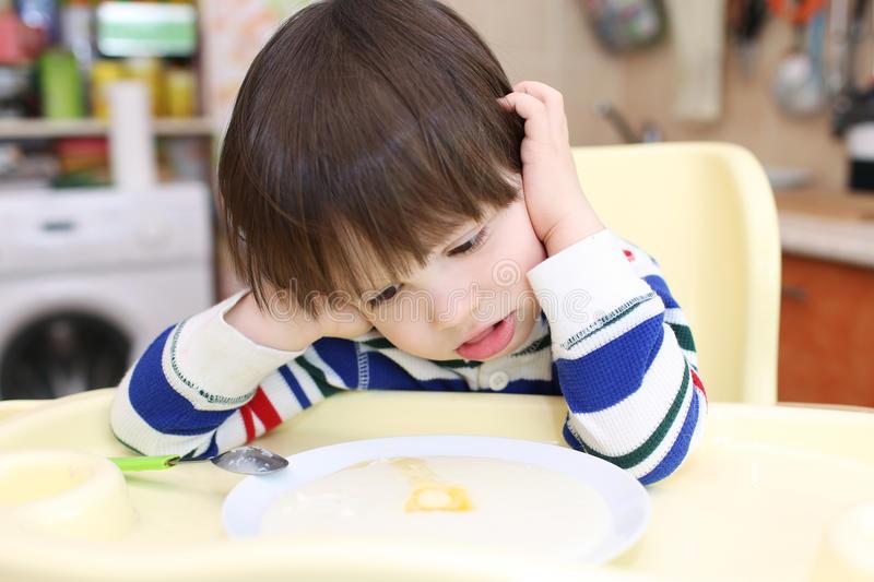 Прикорм для грудного ребенка: какие продукты можно, особенности прикорма