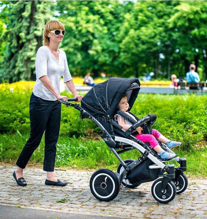 Как выбрать коляску для новорожденного? На что нужно обратить внимание при выборе детской коляски