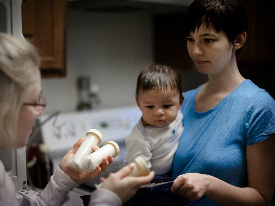 Индуцированная лактация: кормление грудью приемного ребенка     материнство - беременность, роды, питание, воспитание