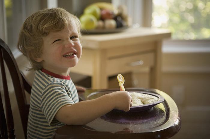 Почему ребёнок не хочет есть кашу?