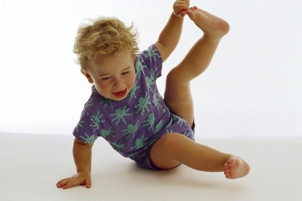 Ребенок ноет по любому поводу: что делать?