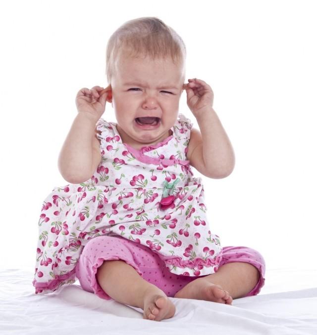 Ноющая зубная боль по ночам: симптомы и способы лечения