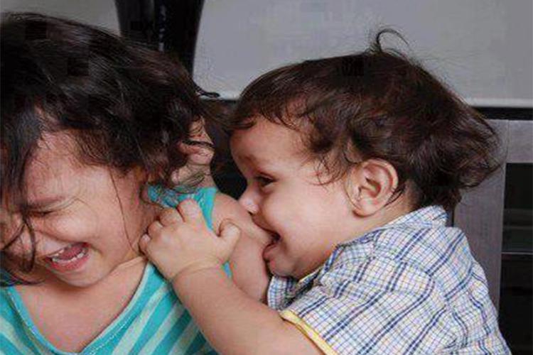 Ребенок кусается: как отучить ребенка кусаться