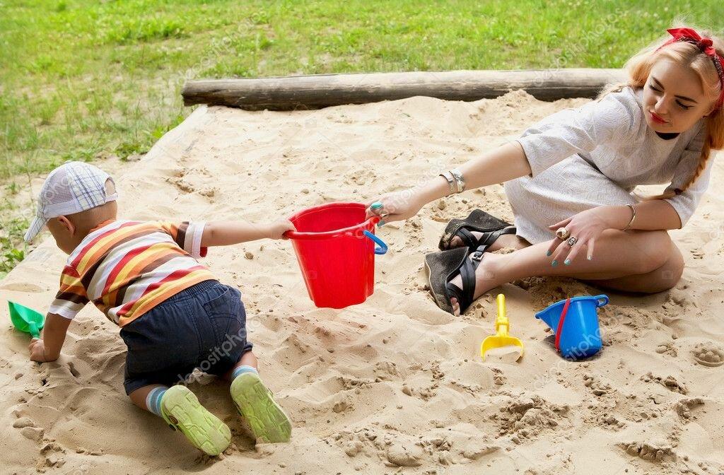 Психолог рассказал, что делать, если ребенка обижают в детском саду