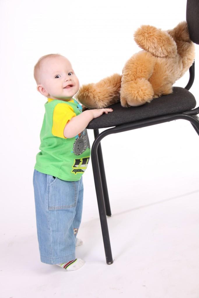 Как можно научить ребёнка ходить без поддержки