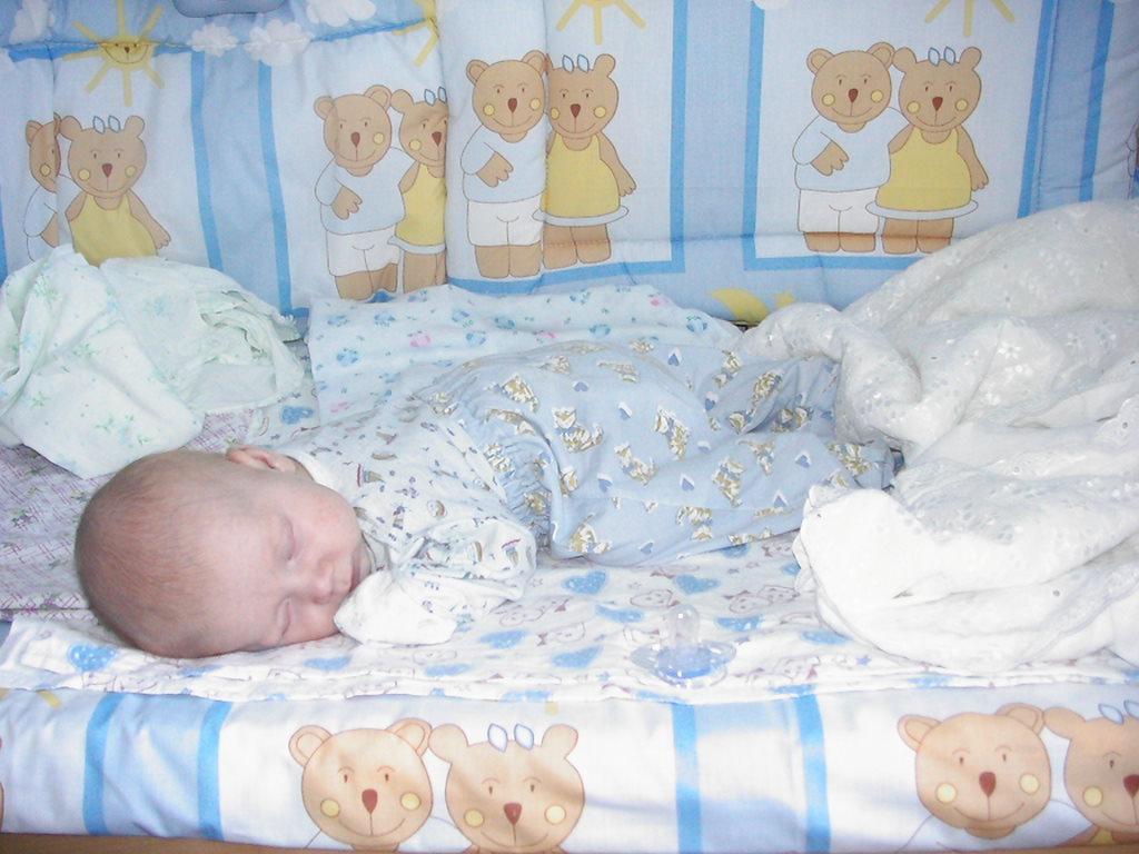 Как уложить ребенка спать: полезные советы и рекомендации   johnson's®