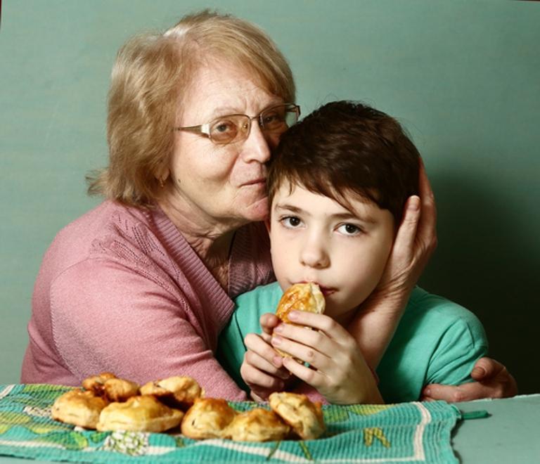 Младенец и бабушки: конфликты поколений. наш ребенок.