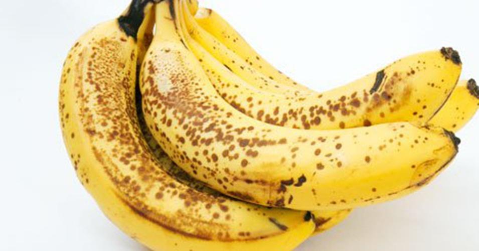 Банан детям, польза, когда можно давать, как вводить, как приготовить банановое пюре