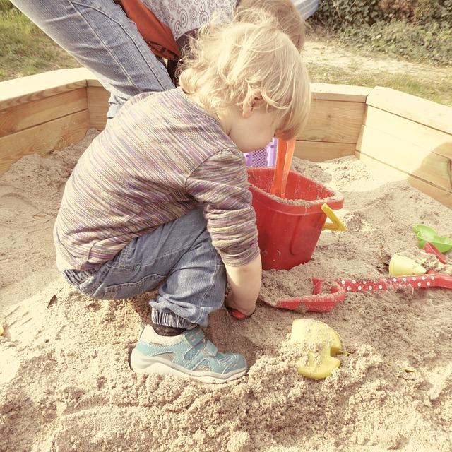 Как вы реагируете, если вашего малыша обижают на детской площадке? - спроси у бывалых - страна мам