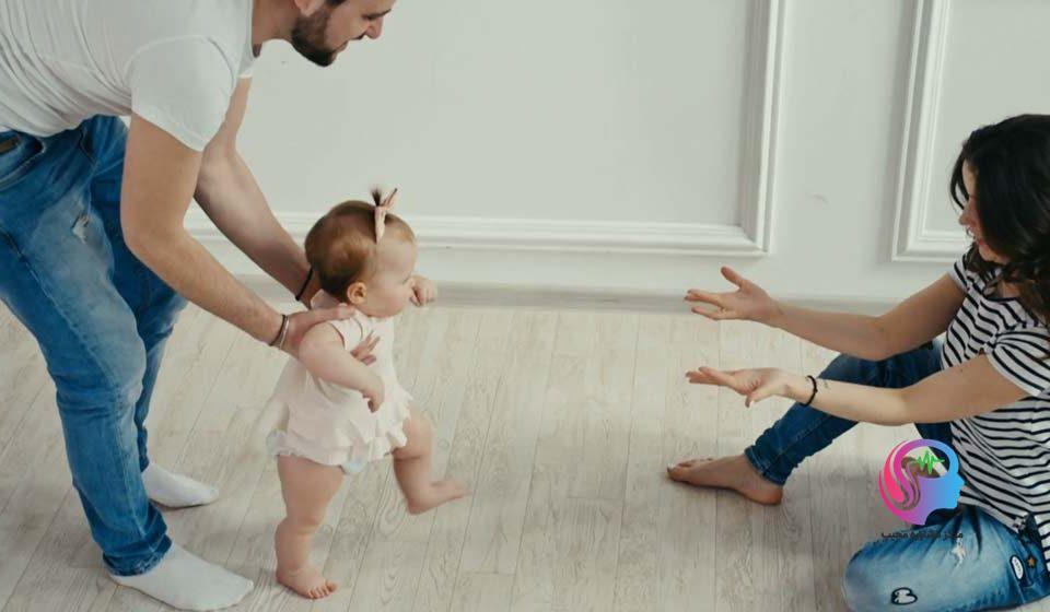 Как помочь ребенку и научить его ходить без опоры самостоятельно | nutrilak