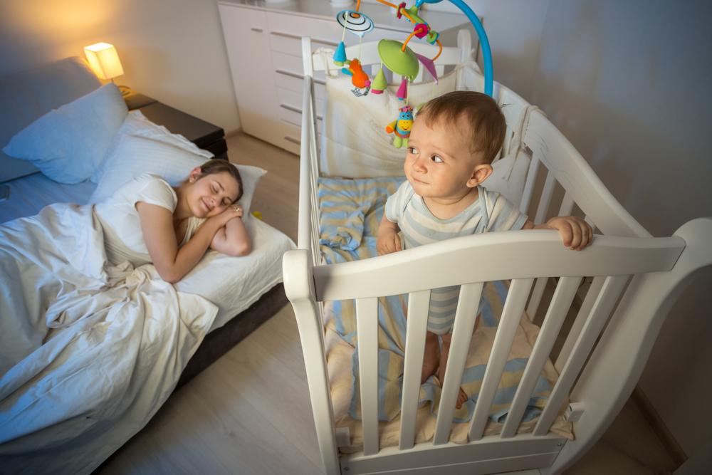 Как приучить ребёнка спать отдельно от родителей в 2-3 года и 5 лет