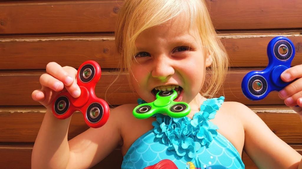 Топ-13 игрушек, которые могут быть опасны для здоровья малышей
