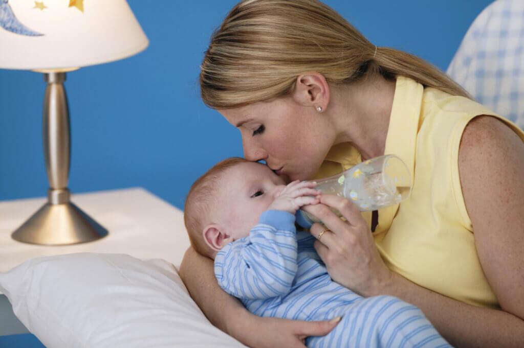 С молоком чужой матери: как устроен рынок грудного вскармливания — wonderzine