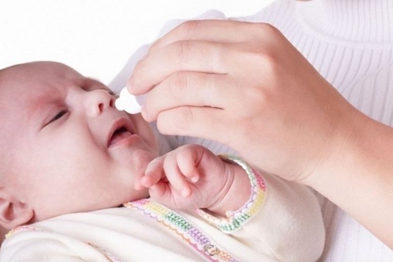 Лечение насморка у детей до года: причины, симптомы, профилактика