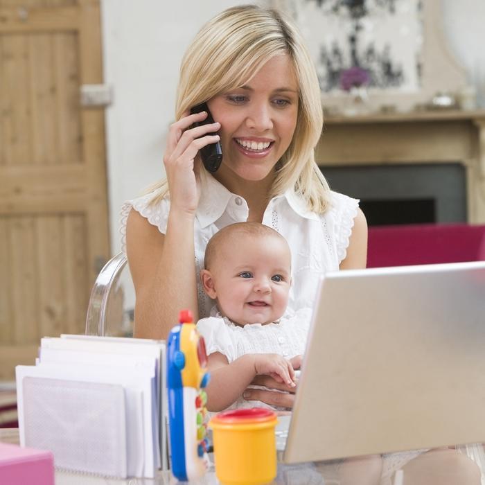 Чем заняться в декрете чтобы заработать денег: варианты работы, предосторожности в поиске дистанционного заработка, отзывы молодых мам