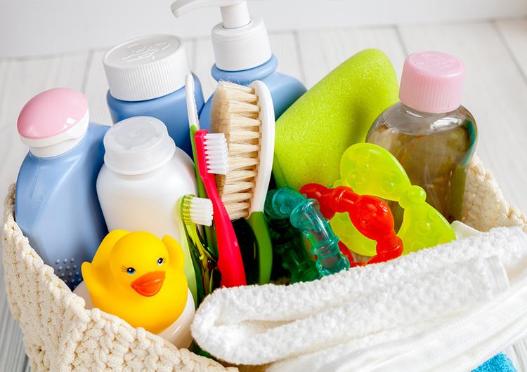 Уход за новорожденным ребенком в первый месяц жизни: советы и рекомендации